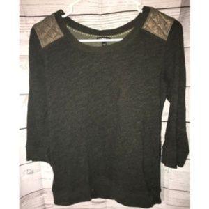 Express 3/4 Sleeve Sweater Size Small Stitch
